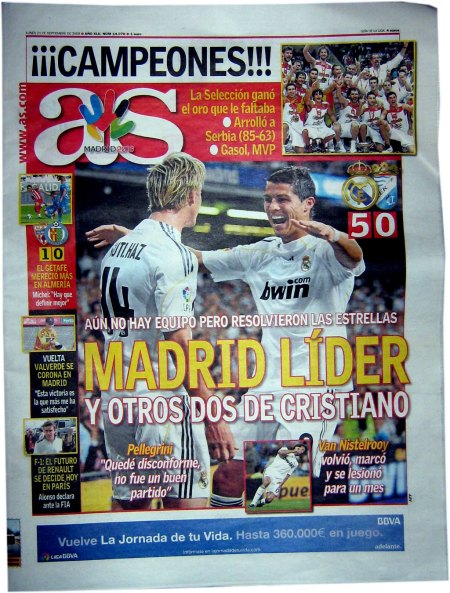 forsiden på sportsavisen Real Madrid fører ligaen