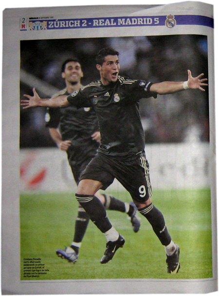 Cristiano Ronaldo i fuld Champions League udebane trøje