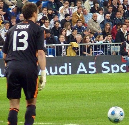 adidas bold ved Real Madrid pokalkamp