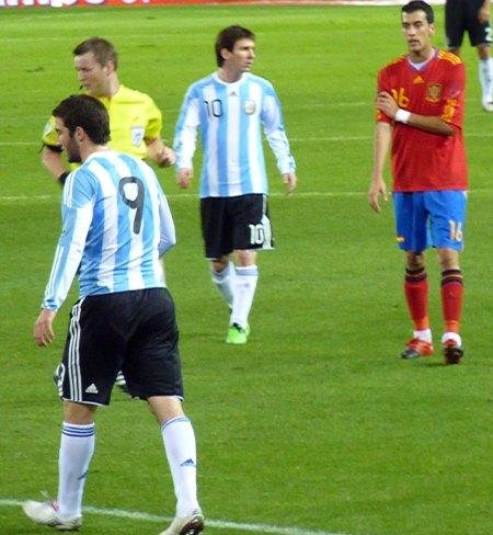 Gonzalo Higuain og Leo Messi